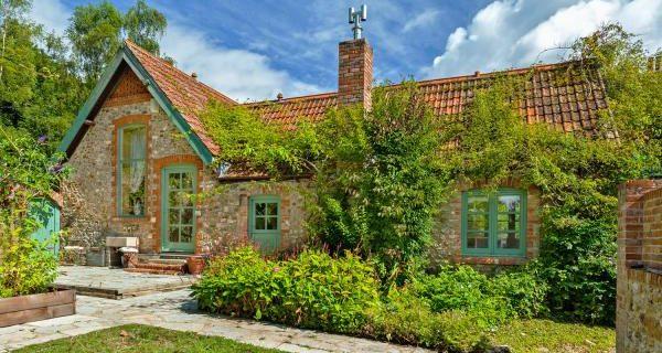 It's the new garden village housing bloom